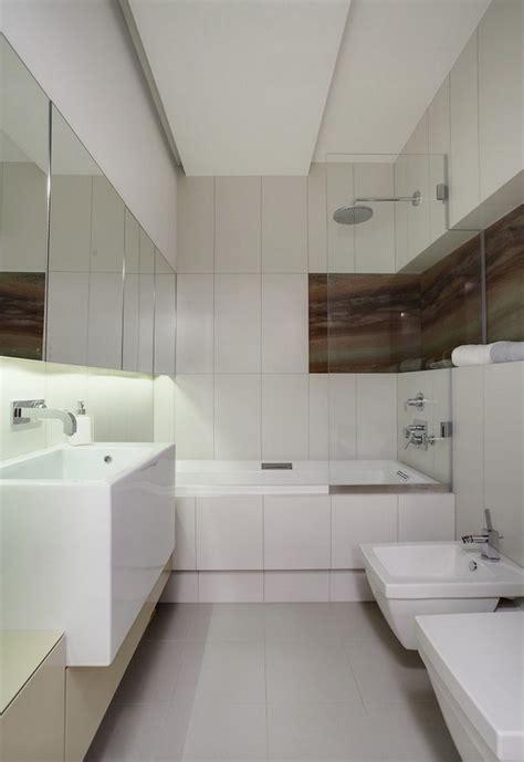 Kleines Bad Mit Dusche Und Badewanne by Kleine B 228 Der Mit Dusche Und Badewanne