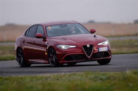 Impresii De La Volanul Alfa Romeo Giulia, Servo-bestia