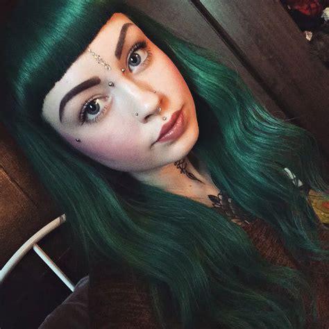 Best 25 Dark Green Hair Ideas On Pinterest