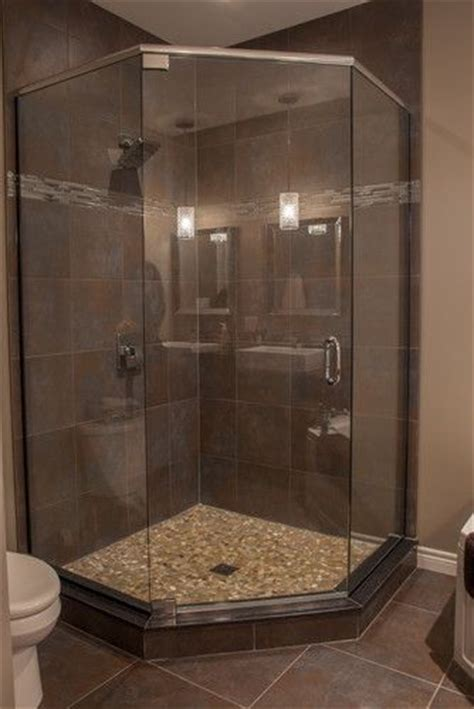 25  best ideas about Corner showers on Pinterest   Small