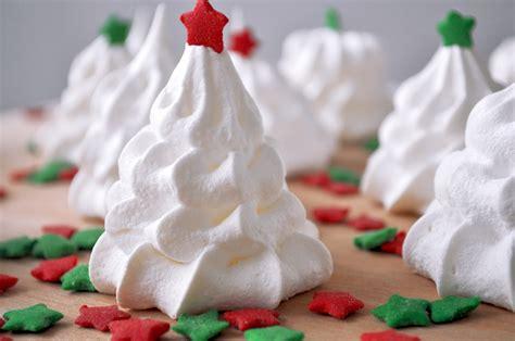 fashion gourmet christmas baking week meringue trees