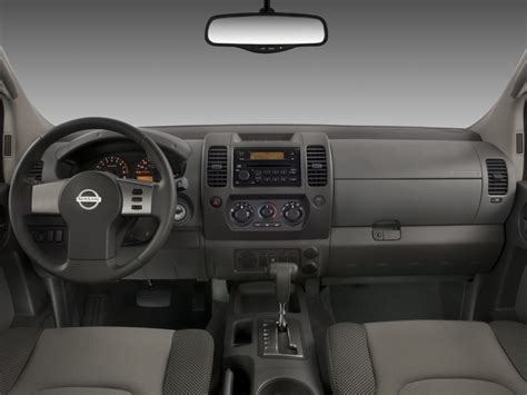 image  nissan xterra wd  door auto  dashboard