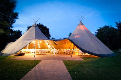 10 Chic Wedding Tent Styles