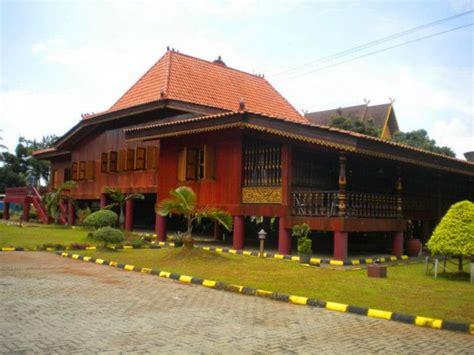 gambar rumah gadang  bagus rumamu