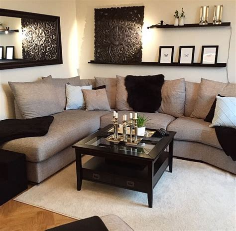 Let your decor take your color scheme to the next level. 23 Best Beige Living Room Design Ideas for 2020