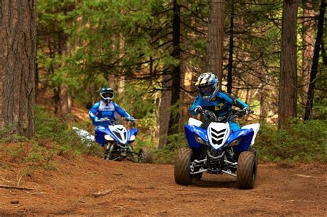 atv motocross racing choosing the best atv for beginners motosport