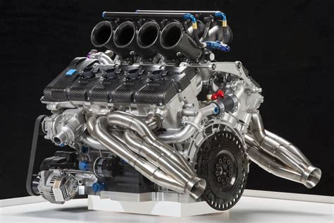 volvo reveals v8 supercar engine 1 of 7