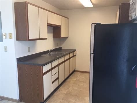 One Bedroom Apartments In Winona Mn by 731 E Front St 2 Bedroom Apartments With River View