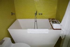 Badewanne Für Kleines Bad : freistehende badewanne kleines bad das beste aus ~ Michelbontemps.com Haus und Dekorationen