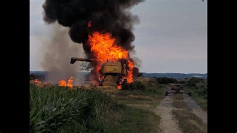 feu de moissonneuse batteuse burned harvester aftermath