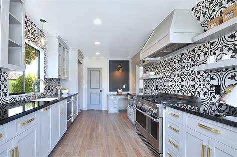 papier peint pour cuisine blanche amazing cuisine papier peint pour cuisine rustique style