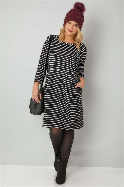 black white striped dress  pockets  size