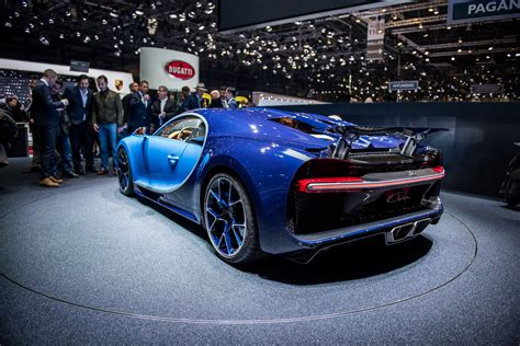 The bugatti chiron is now the fastest car in the world, and bugatti's got the video evidence to prove it. 2018 Bugatti Chiron Gallery 668277 | Top Speed