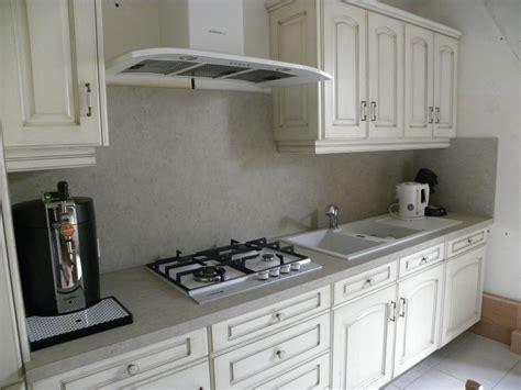 cuisine et blanc photos cuisine contemporaine blanc cassé patine chocolat gilles