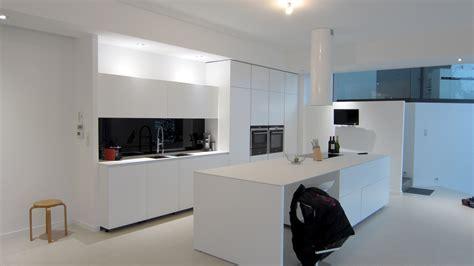 prix verri鑽e cuisine cuisine en verre blanc maison design wiblia com