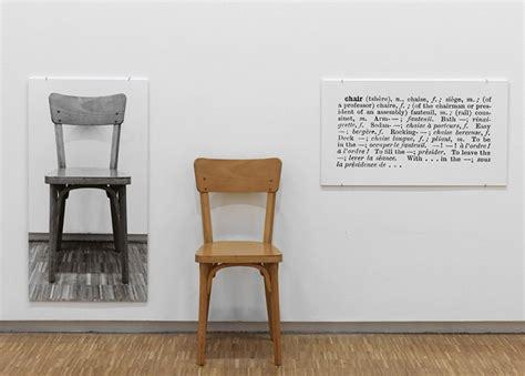 une et trois chaises que signifie l conceptuel almanart
