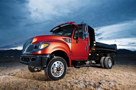 international prostar named heavy duty truck   year