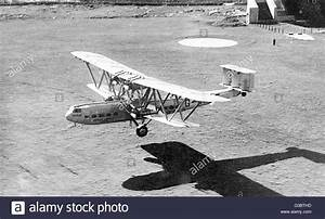 Imperial Airways passenger plane Hadrian, a Handley Page ...