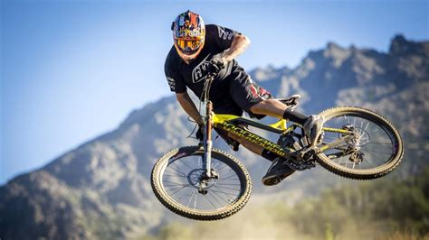 downhill wallpaper  android apk