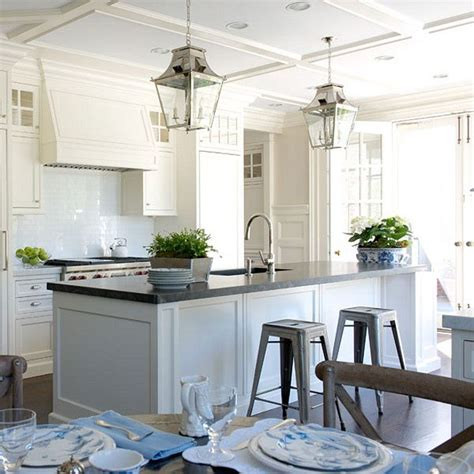 benjamin moore linen white cabinets best 25 benjamin moore linen white ideas on pinterest 324 | baa88140029dbdb159aed14f2131f48b off white kitchen cabinets kitchen cabinet paint
