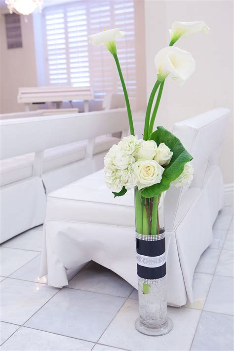 calla lily arrangement    sets   long