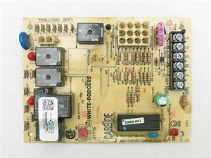 White Rodgers Amana 0130f00005 Furnace Control Circuit