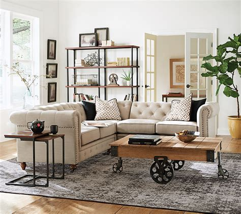 Chesterfieldstyle In A Lovely Sectional Shape
