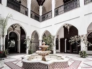 Maison Au Maroc : riads de marrakech maison jardin au maroc vanupied ~ Dallasstarsshop.com Idées de Décoration