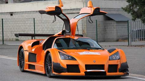 Top 10 Fastest Supercars In The World