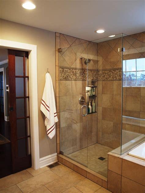 Bathroom Glass Door Ideas by 1000 Ideas About Sliding Bathroom Doors On