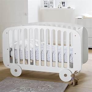 Lit Bois Bebe : le lit en bois un meuble bien solide pour votre b b ~ Teatrodelosmanantiales.com Idées de Décoration