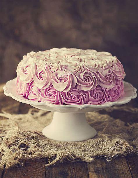creme pour decorer un gateau comment faire un cake d 233 couvrez comment d 233 corer un cake 224 table
