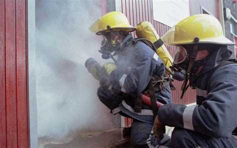firefighters strike putting lives  risk