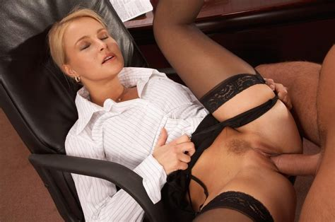 Blonde Secretary Nikki Sun Gets Fucked In Her Ass Of
