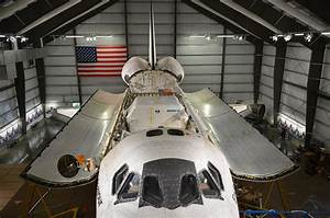 Space shuttle Endeavour doors shut after cargo loaded for ...