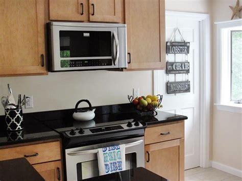 Dress Up Your Design Accessorize An Empty Kitchen  Hgtv