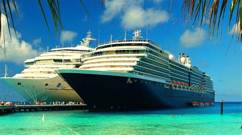 Biggest Passenger Ships In The World by Top 5 Largest Cruise Ships In The World World S Biggest
