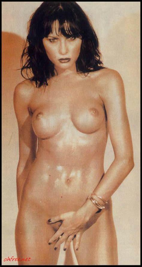Hot Scandal Melania Trump Naked for Max Magazine (1995) Leaked