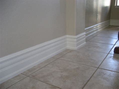 Experts In Crown Moulding, Wainscot/beadboard