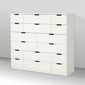 Rangement Ikea Chambre : armoire de rangement dans une chambre ~ Teatrodelosmanantiales.com Idées de Décoration