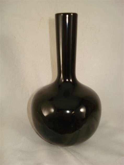 Black Bud Vases by Black Glazed Ceramic Bud Vase Les Vases Mann And 50