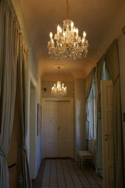 Chandelier In Hallway by Hallway Chandeliers Home Hallway Chandelier Home