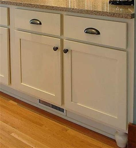 inset shaker style doors 1945 best images about our kitschy kitchen on