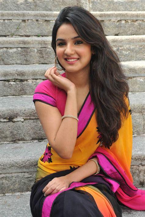 asian girls jasmin bhasin  cute pink saree stunning beauty