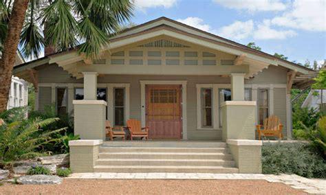 craftsman bungalow paint colors bungalow exterior house