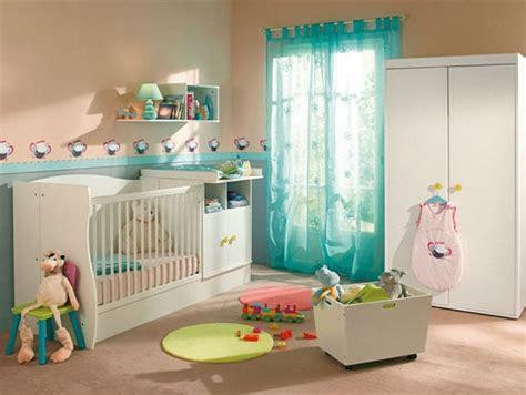 le chambre bébé garcon une déco de chambre turquoise pour bébé garçon