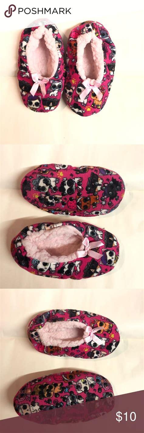 Es handelt sich um kitty 500. LOL Surprise Pet Slippers | Pink slippers, Slipper socks ...