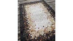 tapis en peaux de vache haut de gamme tapis patchwork With tapis peau de vache avec taille canapé 2 places