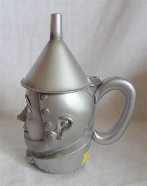 Kitchen, dining & bar supplies. Tin Man Wizard of Oz 8 oz Lidded Coffee Cup Mug - Mugs, Cups
