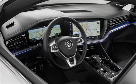 interieur volkswagen touareg buying guide new 2018 volkswagen touareg